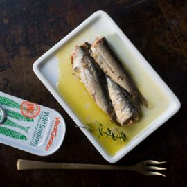 Canned Portuguese Sardines in Olive Oil 4.4oz 6pk
